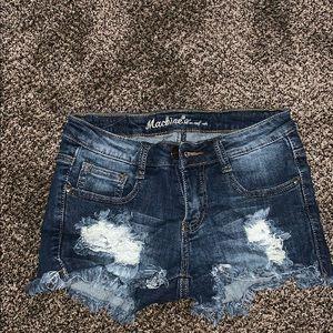 Ripped, denim shorts